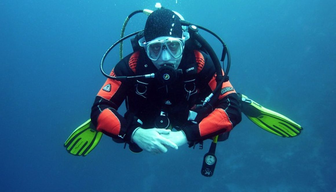 divers-668777_640